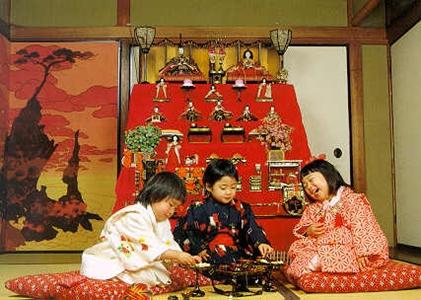 เทศกาลฮินะ (Hina Matsuri / Hina Festival) เทศกาลเด็กผู้หญิง (Girl's Day) @ www.english247.net