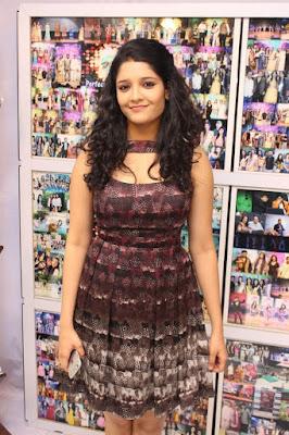 Ritika Singh in Half Leg Skirt Photos will tempt you