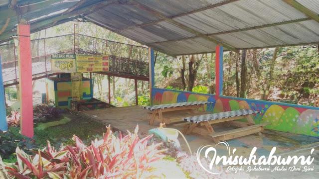 Metania Cafe, Salah satu spot di TPA Sampah Cikundul yang memanfaatkan gas metan sebagau bahan bakarnya