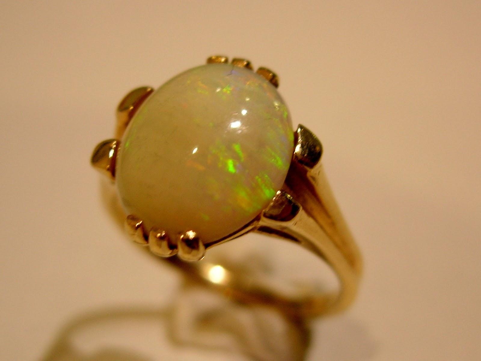 Bague opale a vendre