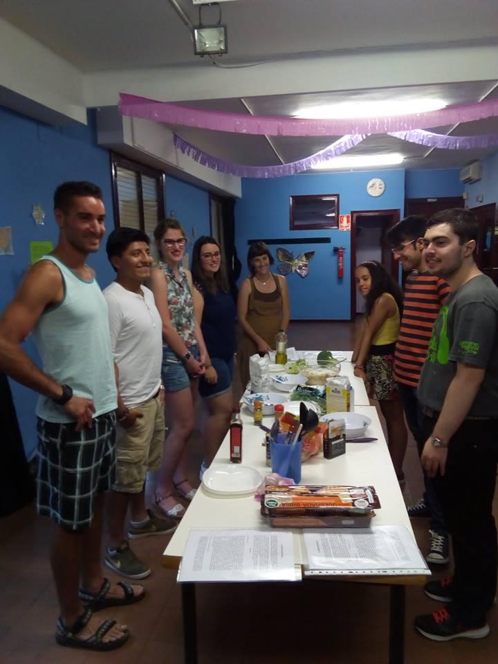 Fundaci n federico ozanam taller de cocina fresca for Taller de cocina teruel