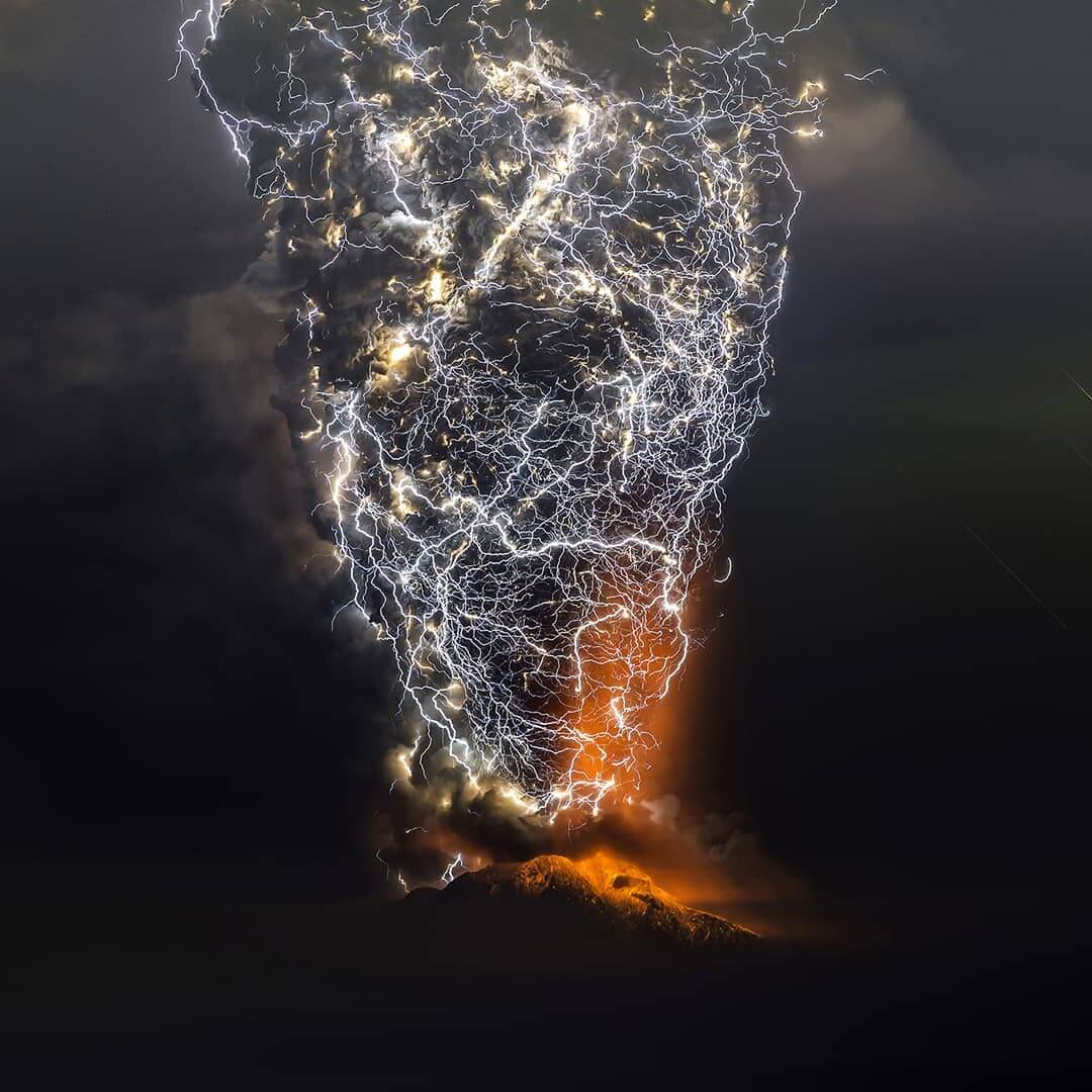 20 Stunning Photos Depict The True Power Of Nature