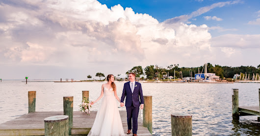 Annapolis, MD Wedding at the Annapolis Maritime Museum | Sarah & Matt