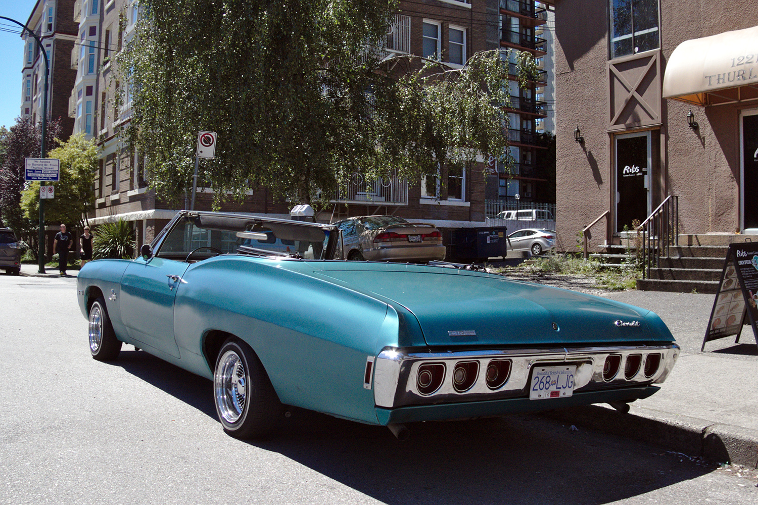 Old Parked Cars Vancouver: 1968 Chevrolet Impala Convertible