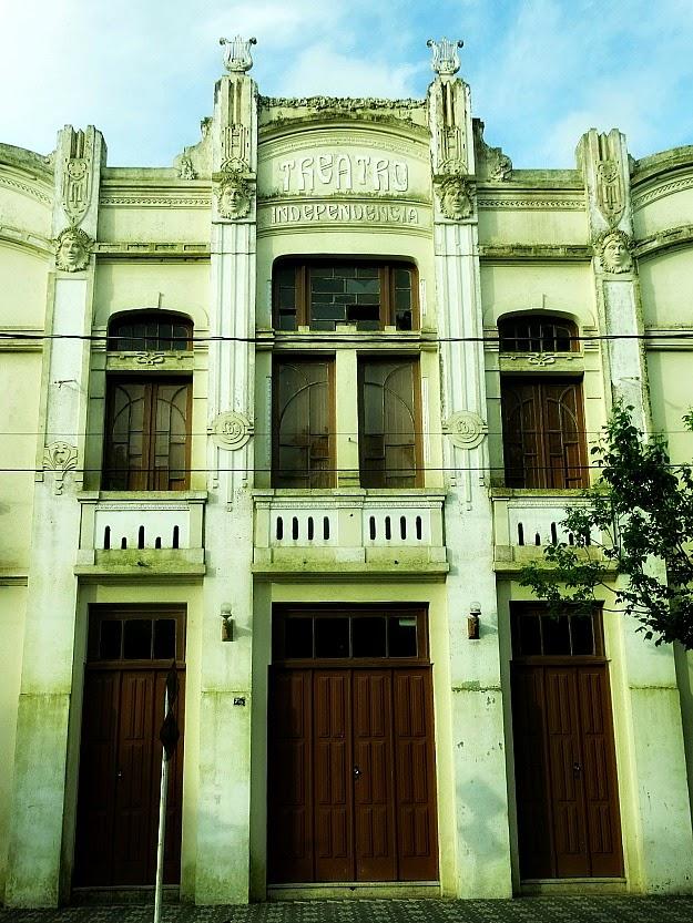Fachada do Theatro Independência de Santa Vitória do Palmar