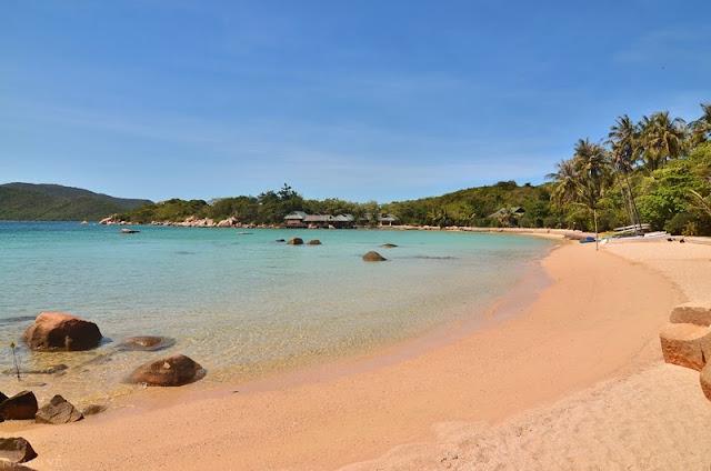 Vẻ Đẹp Của Tự Nhiên Tại Đảo Hòn Ông – Đảo Cá Voi Nha Trang