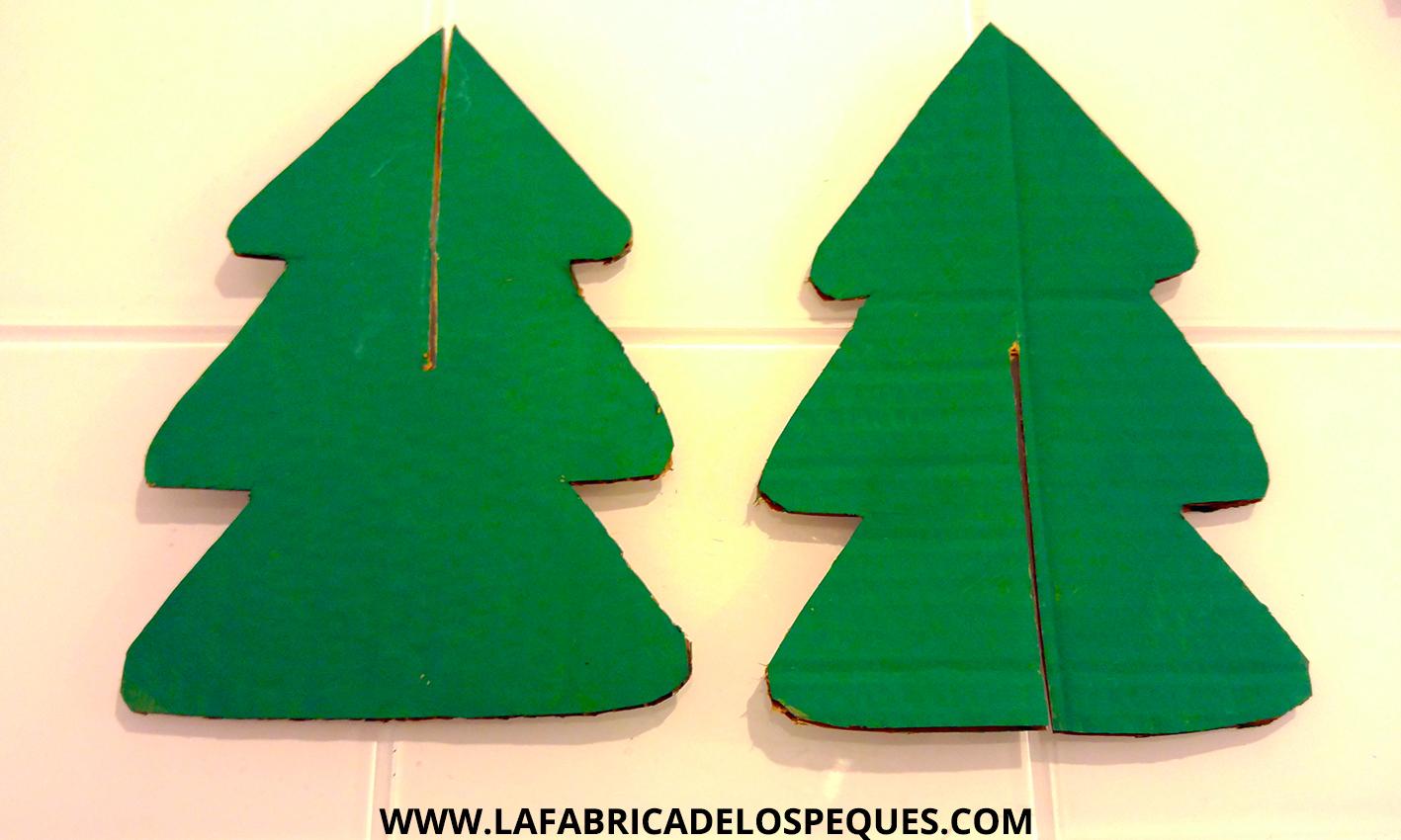 Rbol navide o de cart n la f brica de los peques - Fotos arboles navidenos ...