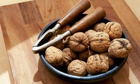 11+ Cemilan Sehat Dari Jenis Kacang Kacangan (Kaya Gizi)