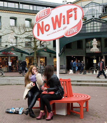 FREE 'NO WIFI' ZONE