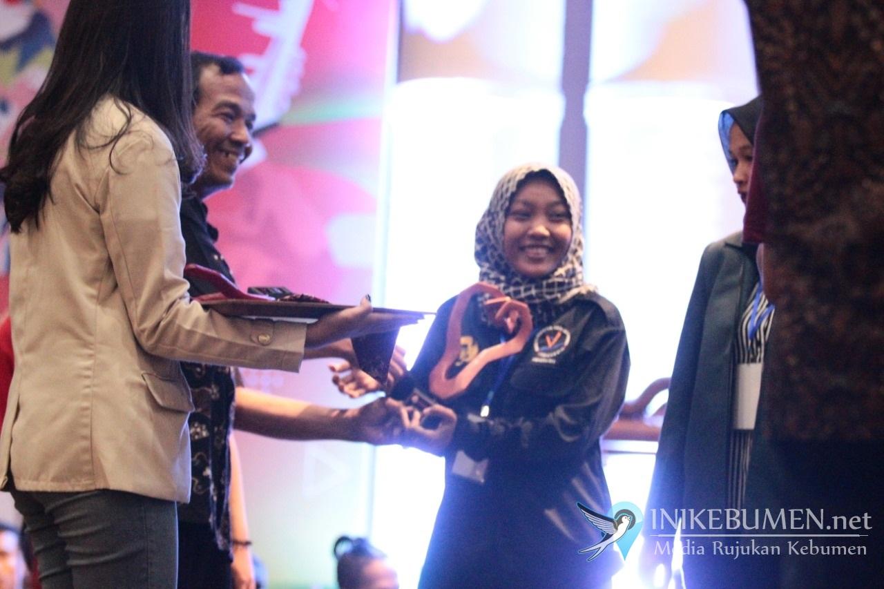 Mahasiswi Asal Kebumen Raih Juara Monolog di Peksiminas