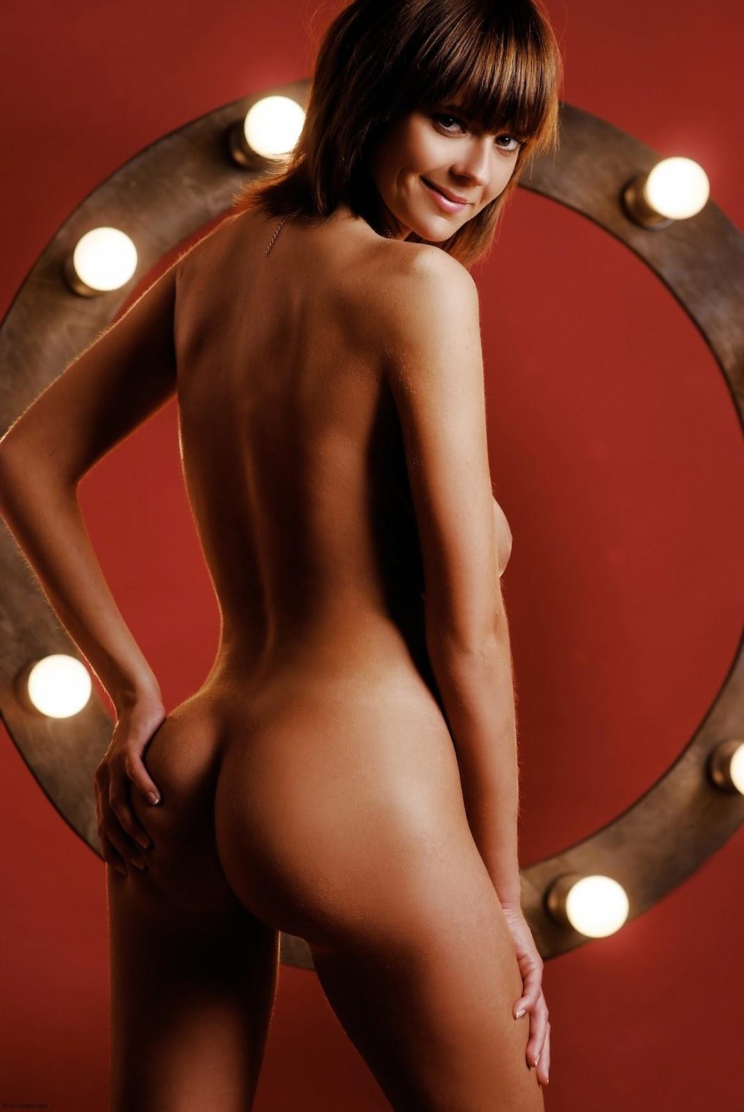 gabriela-curnen-nude