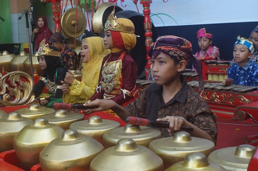 Peringatan Hari Kartini SD Islam Surya Buana 2019