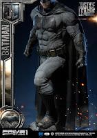 "Imágenes de Batman Statue de ""Justice League"" - Prime 1"