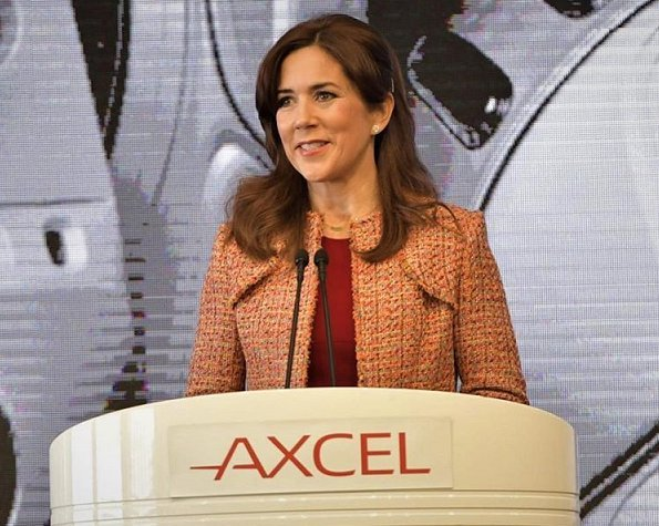 Crown Princess Mary wore Dolce and Gabbana red scoop-neck wool crepe dresss and Yde Jana jacket