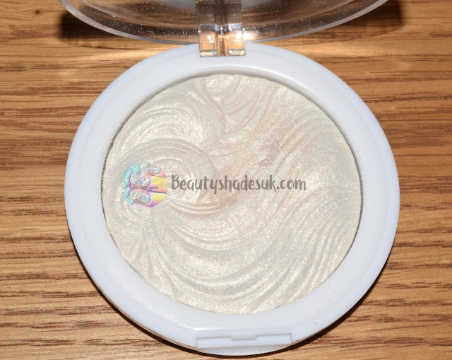 MUA Iridescent Gold Highlighter