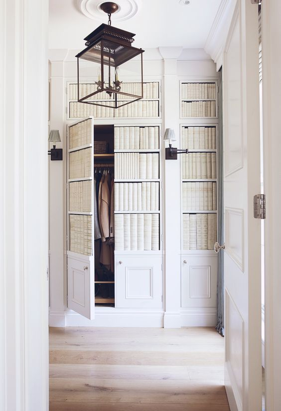 Many people still like to use jib doors as closet doors to keep the room from looking chopped up with doors and their casings. & Eye For Design: Decorating With Jib Doors.......Secret Doors Hidden ...