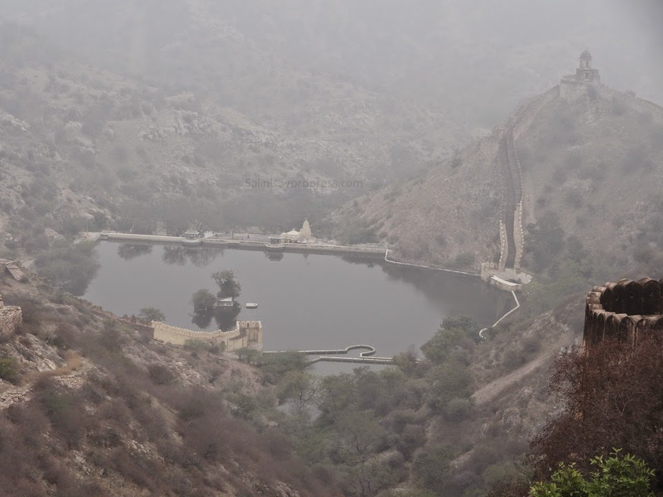 Sagar - Artificial Lake  Jaigargh Fort - Jaipur Rajasthan India - Pick, Pack, Go