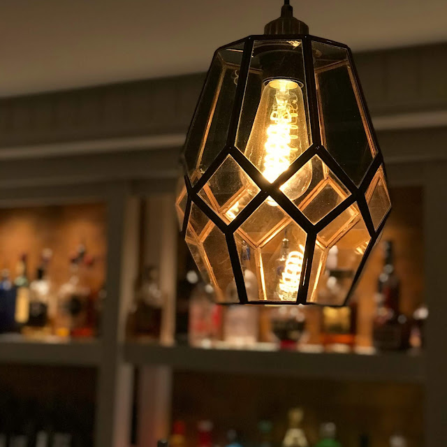 the-blue-anchor-tadworth-review-decor