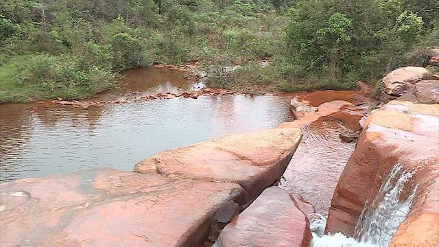 http://g1.globo.com/minas-gerais/noticia/comeca-expedicao-para-analisar-qualidade-da-agua-do-rio-das-velhas-que-abastece-belo-horizonte-e-regiao.ghtml