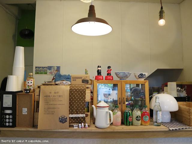 IMG 9169 - 台中北區│樂珈琲 Tano CAFE,隱藏在中友百貨後方的老宅咖啡,還有可愛店貓超療癒!