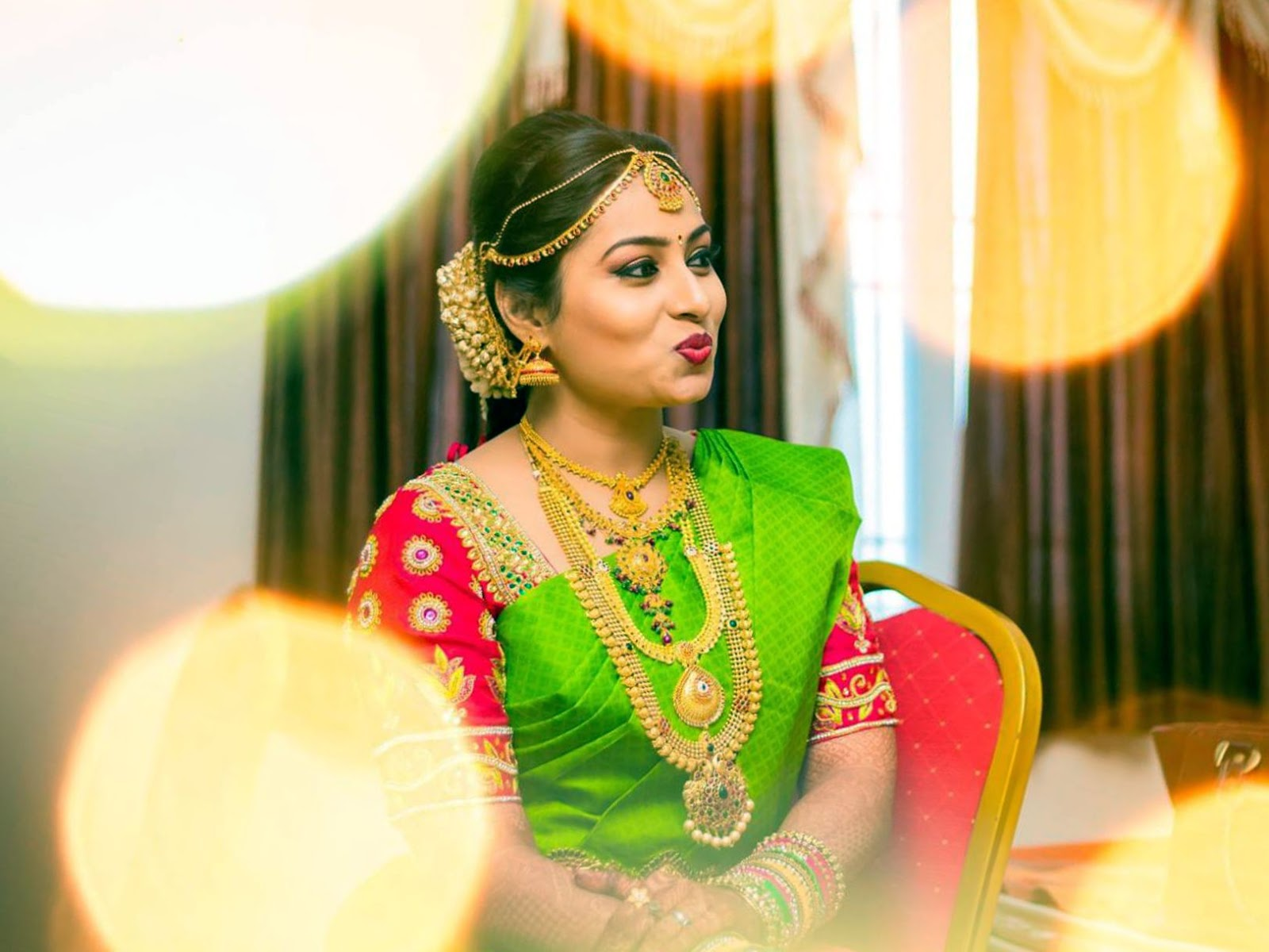 Mallu Bhabhi Cute Photos In Saree  Hot And Sexy