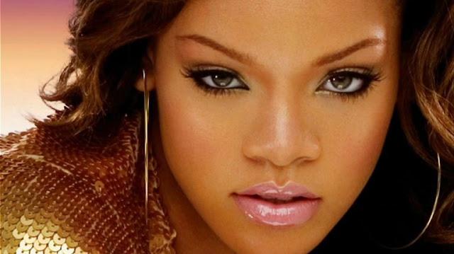 Rihanna Complicated MP3, Video & Lyrics