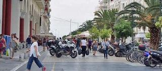 Αστυνομικοί εν ώρα υπηρεσίας έκλεψαν τρεις γυναίκες στην πλατεία Αριστοτέλους
