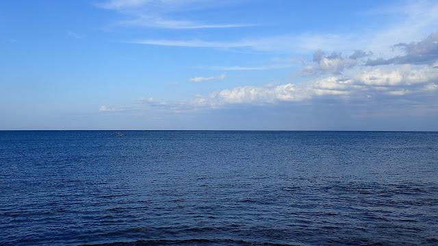 一望無際的富山灣