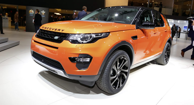 New Land Rover Discovery Sport Gets Colorful In Paris