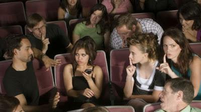Jenis Penonton Bioskop yang Menyebalkan