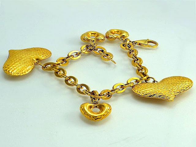 Gambar gelang emas modern