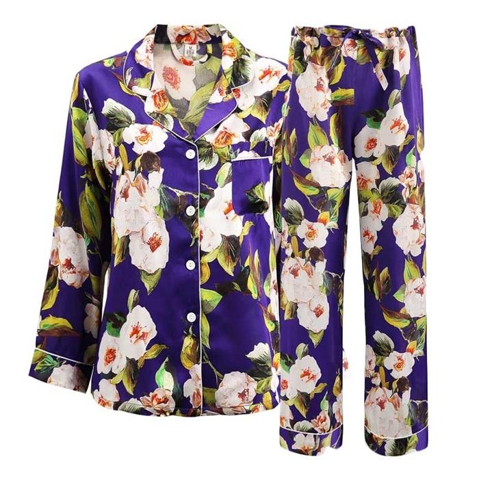 https://www.freedomsilk.com/19-momme-floral-printed-purple-blue-silk-pajama-set-p-123.html