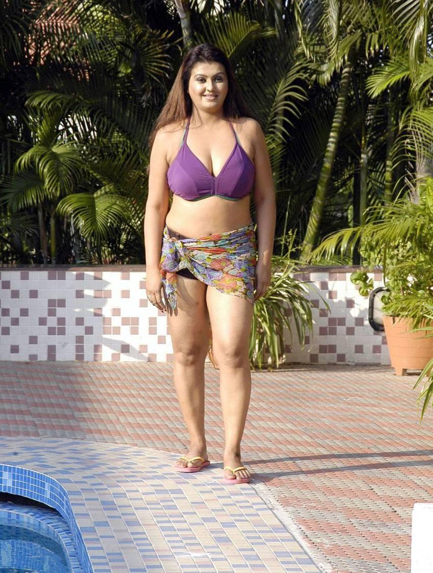 tamil hot bikini