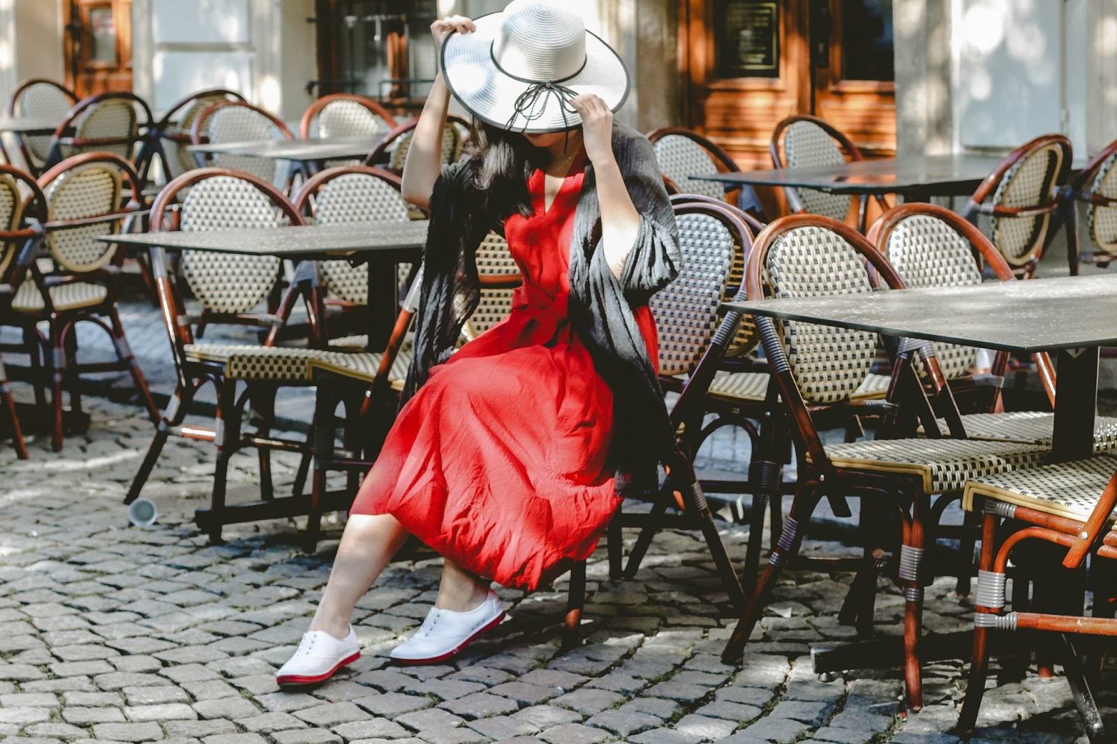 singapore blogger summer europe holiday ootd street style photographer photography look book red uniqlo wiwt outfit