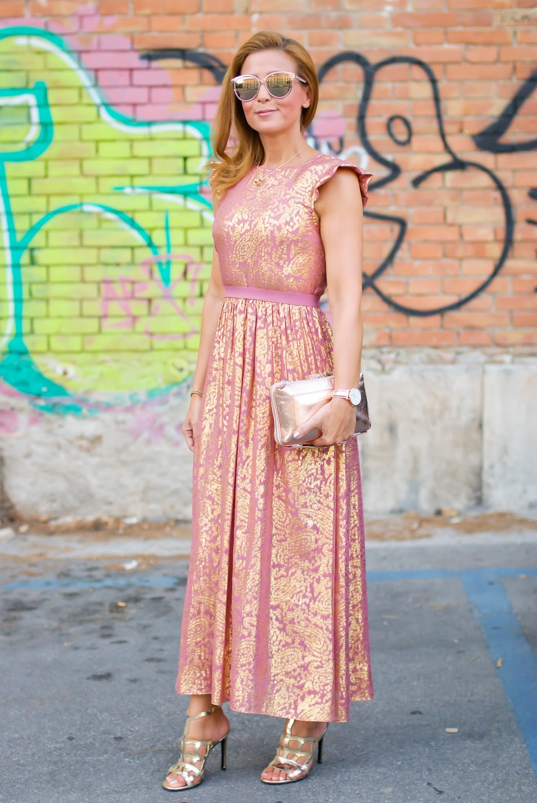 How to dress to a wedding on Fashion and Cookies fashion blog, fashion blogger