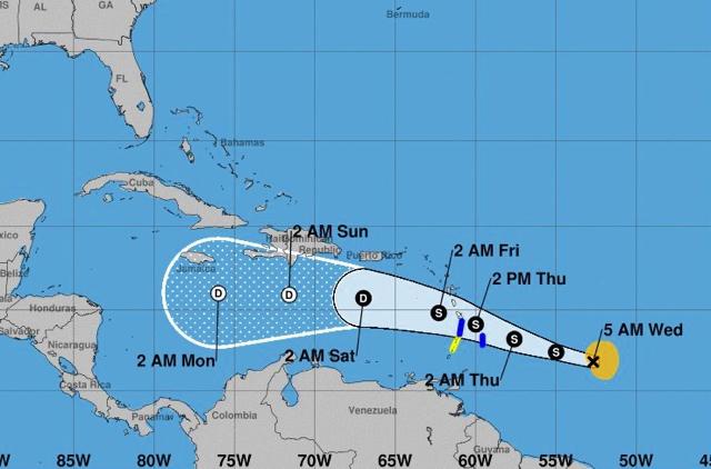 Kirk vuelve a convertirse en tormenta tropical