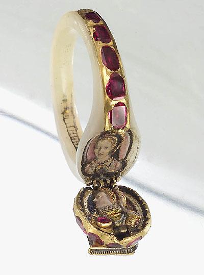 Imagen representativa de un anillo-medallón que perteneció a la Reina Isabel I de Inglaterra