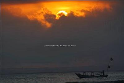 Sunset yang indah di Pantai Pangandaran