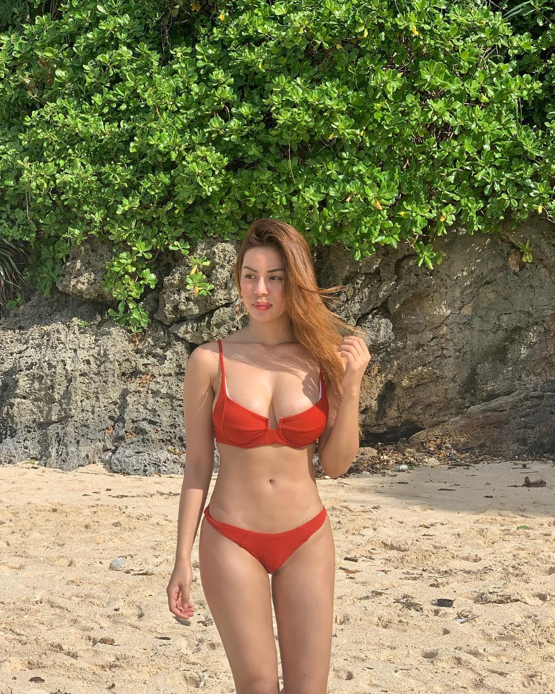 maica palo sexy bikini pics 03