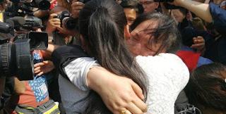 Συγκίνηση: Βρήκαν την εξαφανισμένη κόρη τους μετά από 24 χρόνια