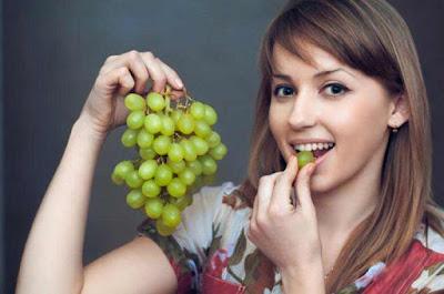 فائدة العنب والرجيم