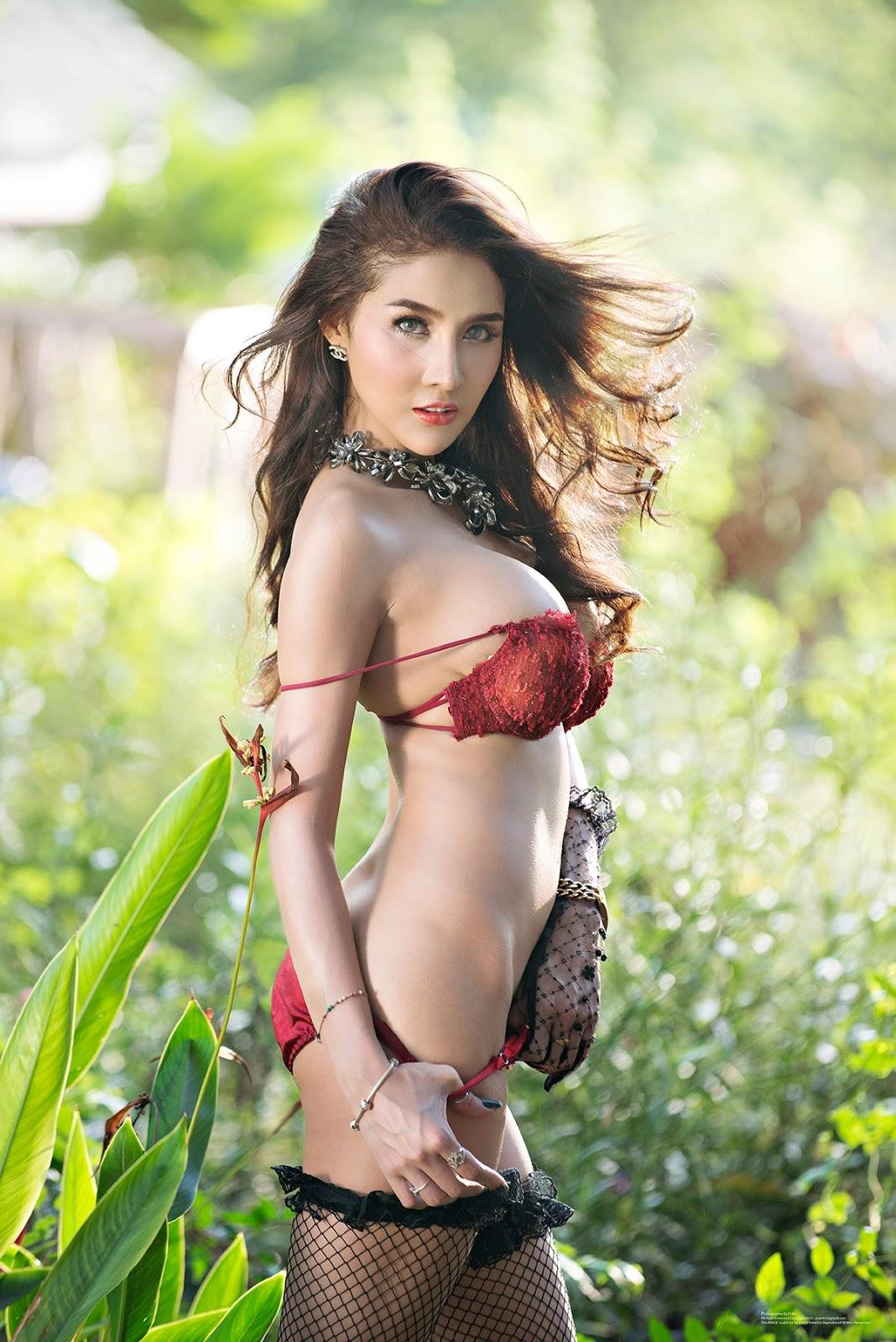 Thailand Model Deuan Part 2 (54 Pic)