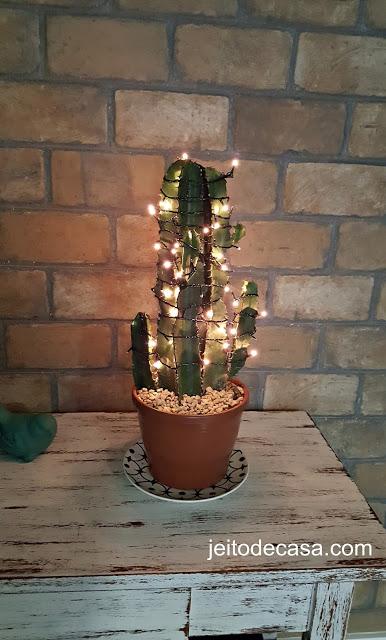 planta-decorada-como-arvore-de-natal