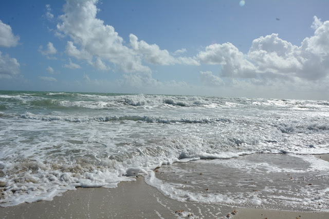Miami Beach waves light