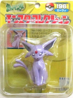 Espeon Pokemon figure Tomy Monster Collection yellow package series