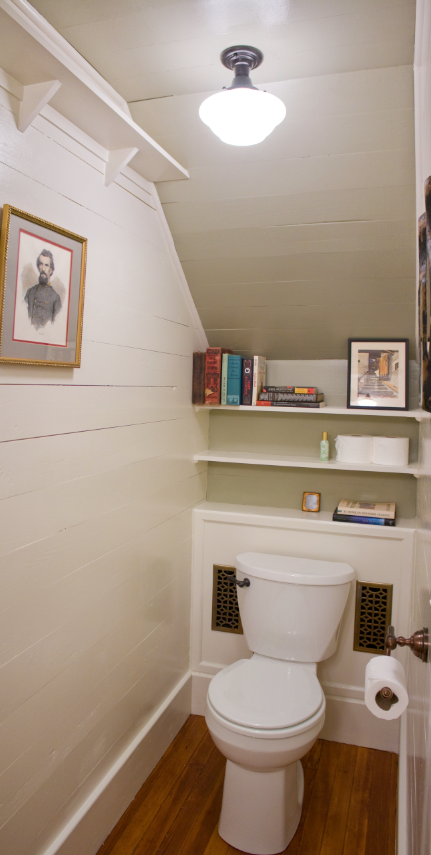 Lighting Basement Washroom Stairs: Erin & Ben Napier