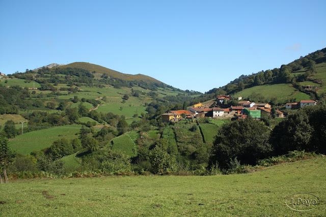 Desfiladero de las Xanas, Pedroveya, Asturias, Ruta