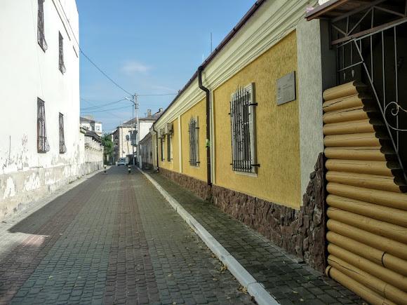Золочів. Вулиця Марії Феньвеші