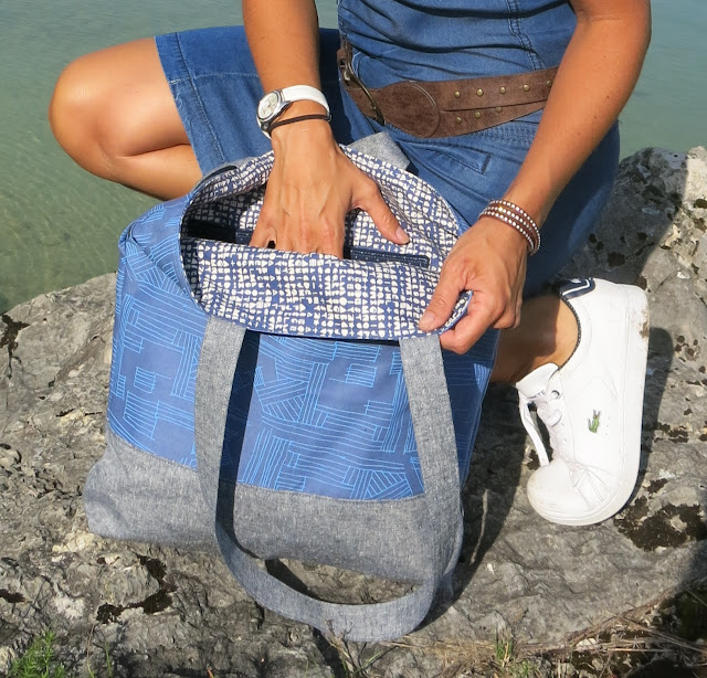 Luna Lovequilts - Euclid print tote bag - Noodlehead pattern