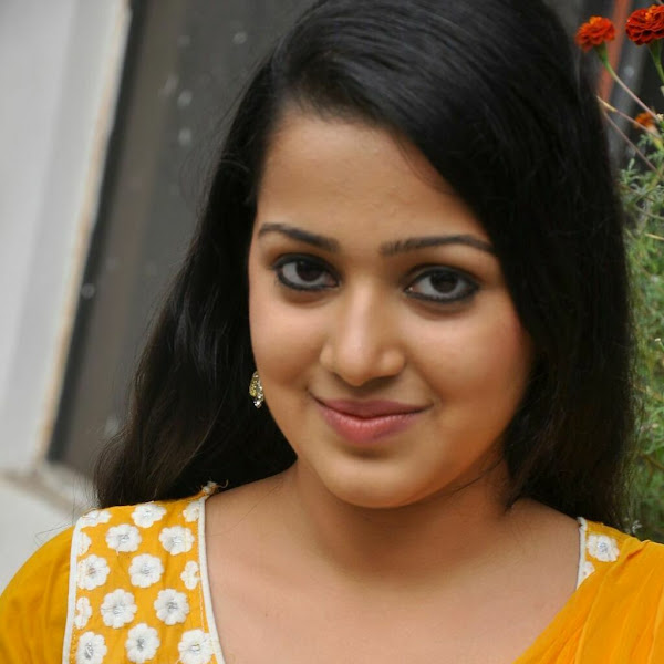 Samskruthy Shenoy latest photos from Hrudayam Ekkadaundi Press Meet